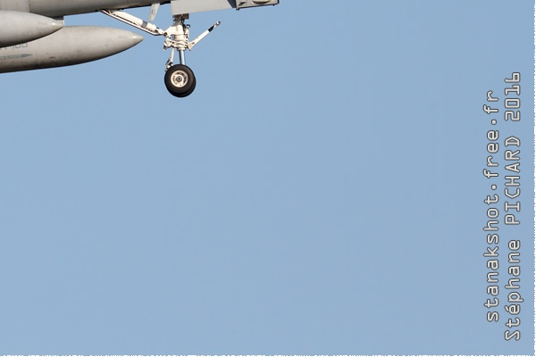 9143c-McDonnell-Douglas-F-A-18C-Hornet-USA-navy