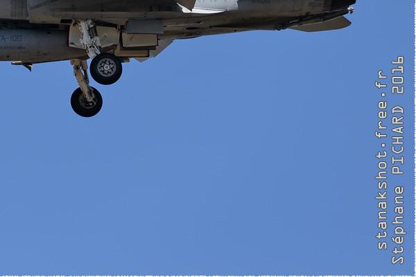 Photo#9164-4-McDonnell Douglas F/A-18D Hornet