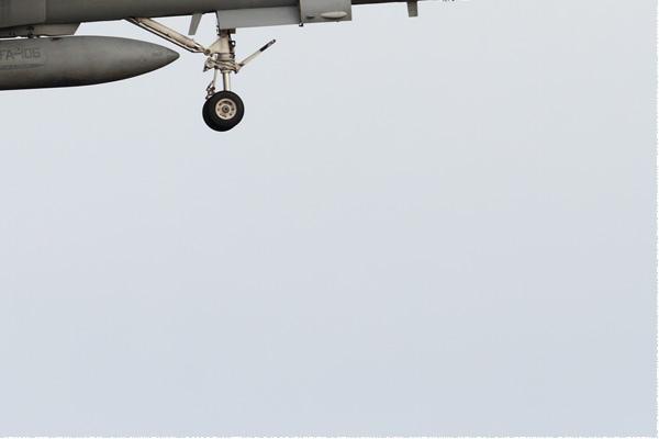 Photo#9165-4-McDonnell Douglas F/A-18D Hornet