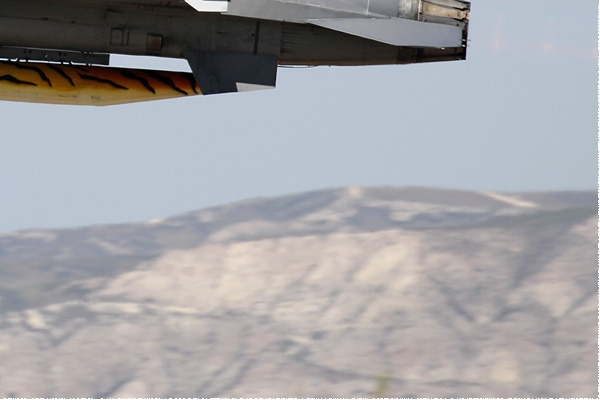 Photo#9360-4-General Dynamics F-16AM Fighting Falcon
