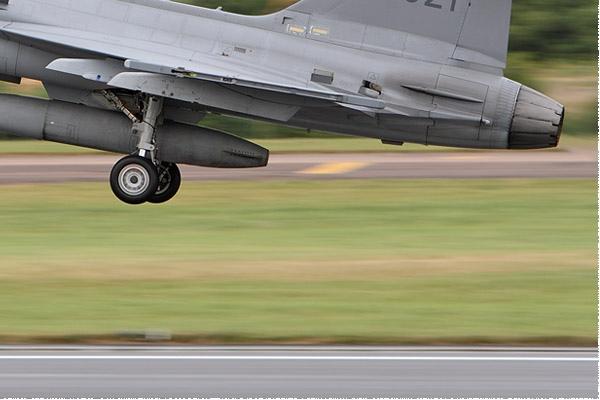 Photo#9444-4-Saab JAS39C Gripen