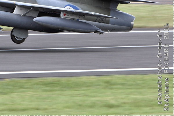 Photo#9500-4-Hawker Hunter F58