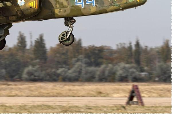 Photo#9692-4-Sukhoi Su-25