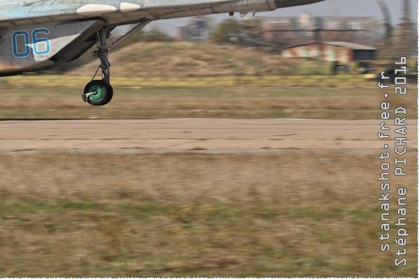 Photo#9705-4-Mikoyan-Gurevich MiG-29S