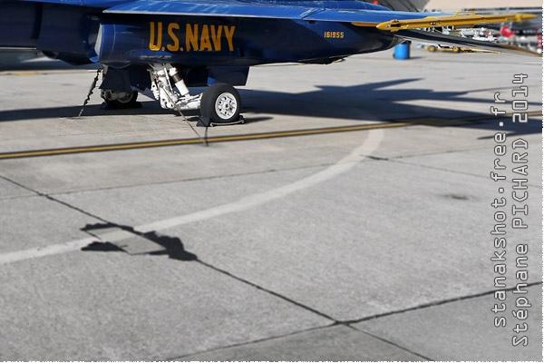 Photo#9784-4-McDonnell Douglas F/A-18A Hornet