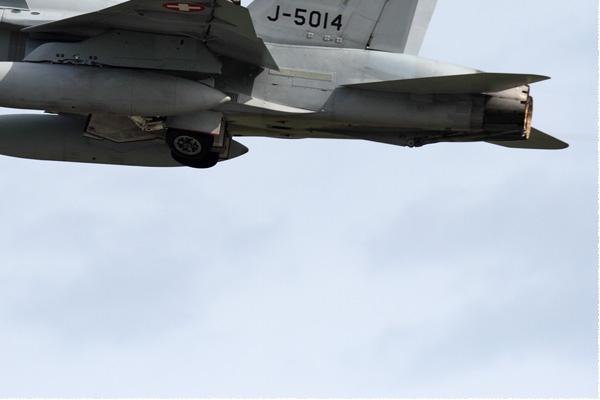 Photo#9959-4-McDonnell Douglas F/A-18C Hornet