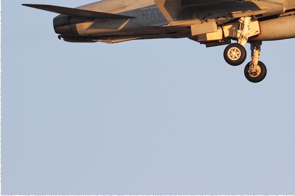 Photo#9146-3-McDonnell Douglas F/A-18C Hornet