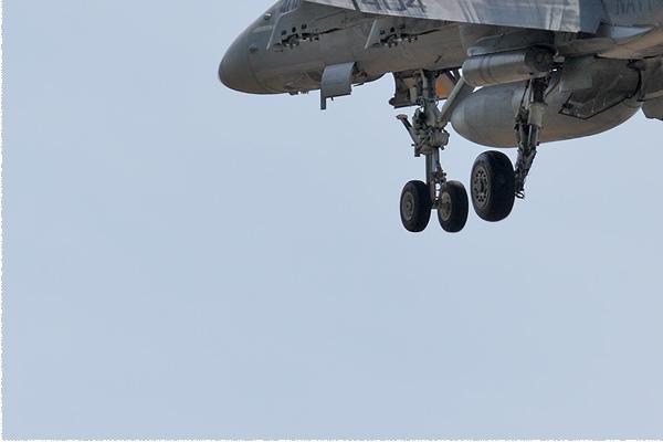 Photo#9151-3-McDonnell Douglas F/A-18C Hornet
