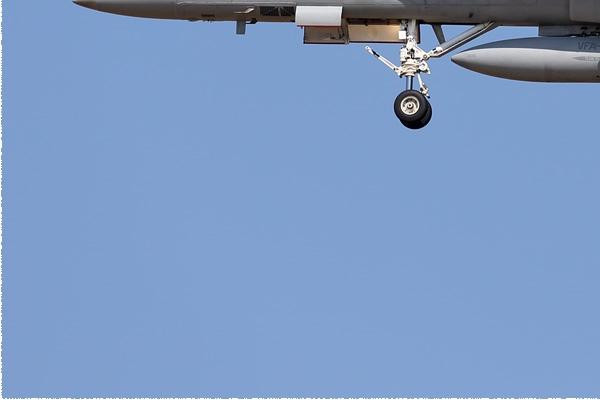 Photo#9158-3-McDonnell Douglas F/A-18D Hornet