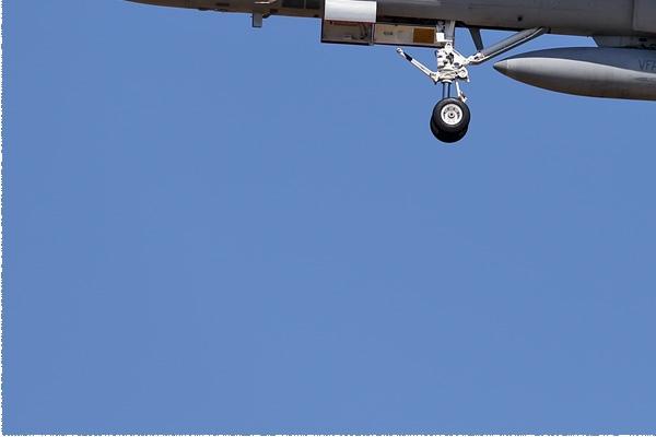 Photo#9163-3-McDonnell Douglas F/A-18D Hornet