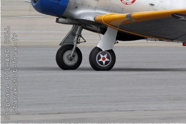 Photo#9203-3-North American SNJ-2 Texan