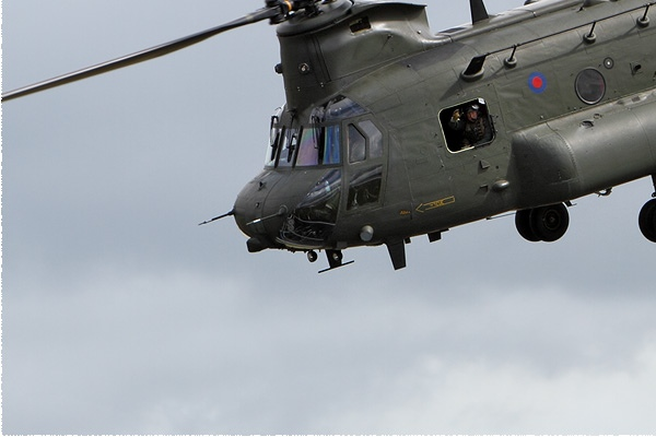 Photo#9472-3-Boeing Chinook HC4