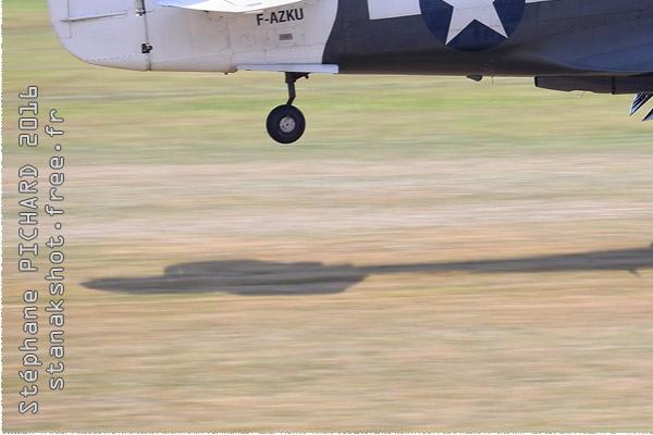 Photo#9613-3-Curtiss P-40N Warhawk