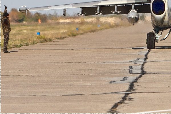 Photo#9694-3-Sukhoi Su-25UBM1