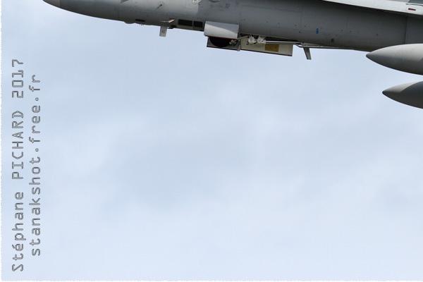 Photo#9959-3-McDonnell Douglas F/A-18C Hornet