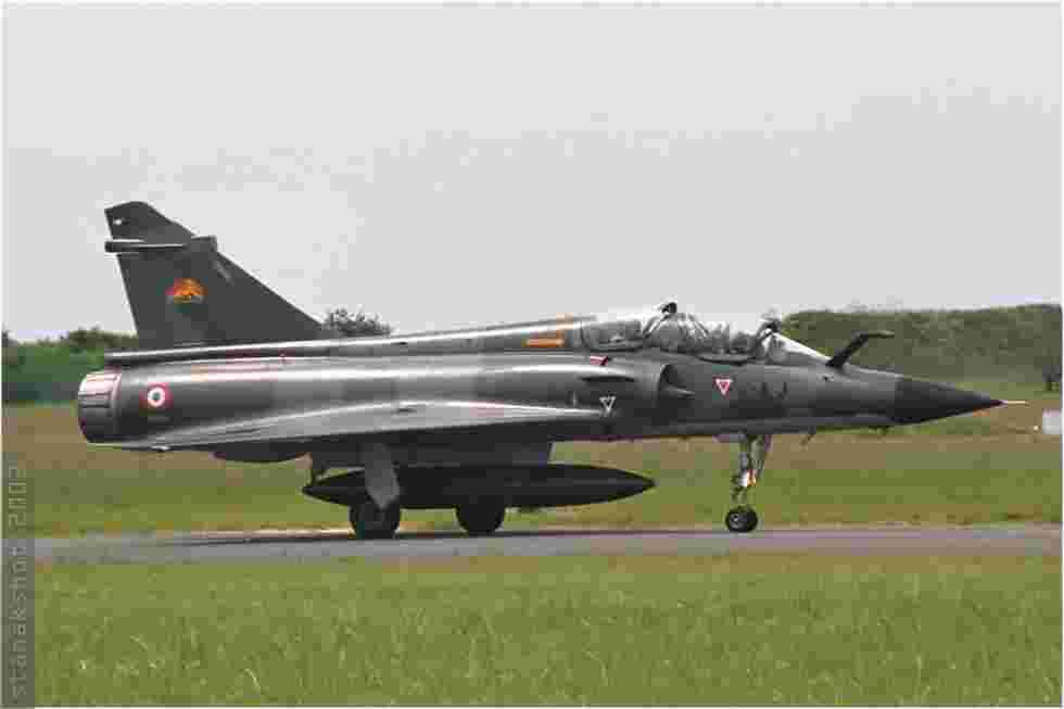 tofcomp#262 Mirage 2000 de l'Armée de l'Air française au roulage à Orléans (FRA) en 2002