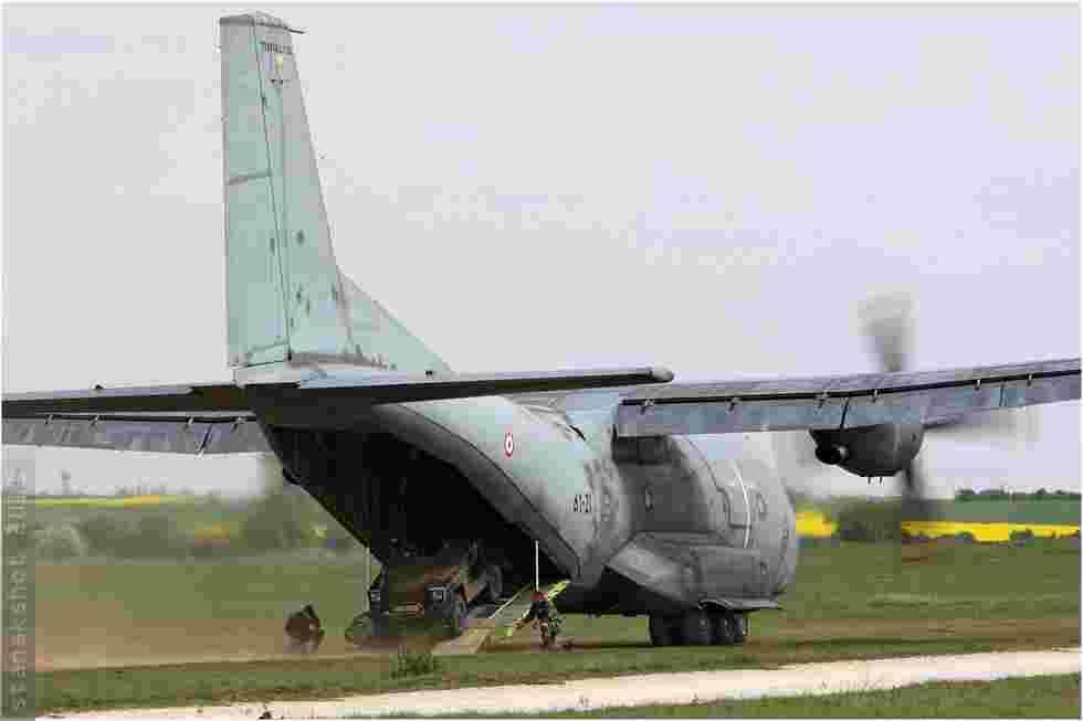 tofcomp#507 Transall de l'Armée de l'Air française au roulage à Orléans (FRA) en 2011