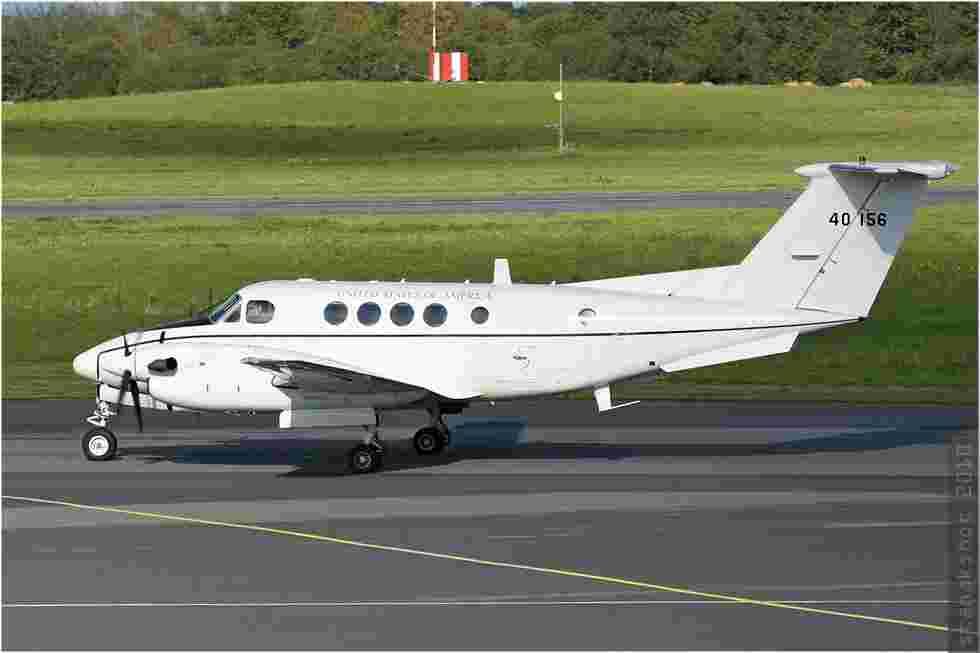 tofcomp#726-King-Air-USA-army