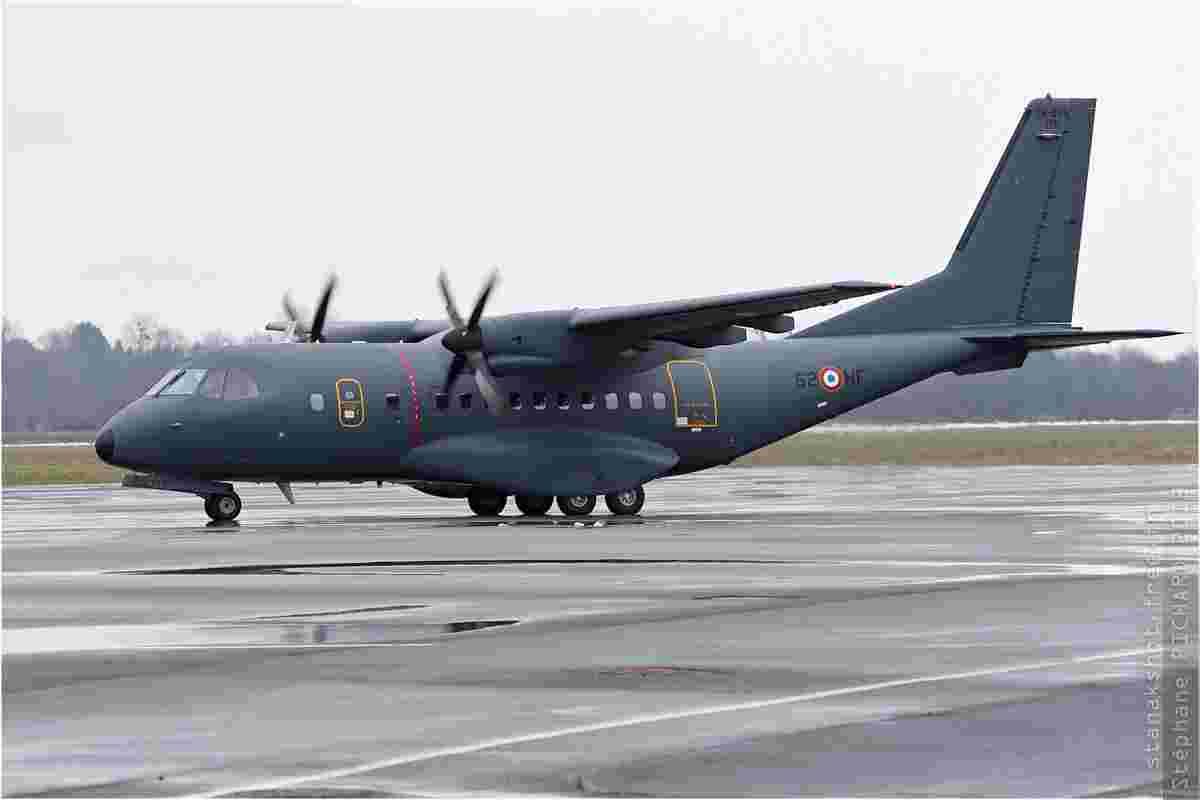 tofcomp#818-CN235-France-air-force