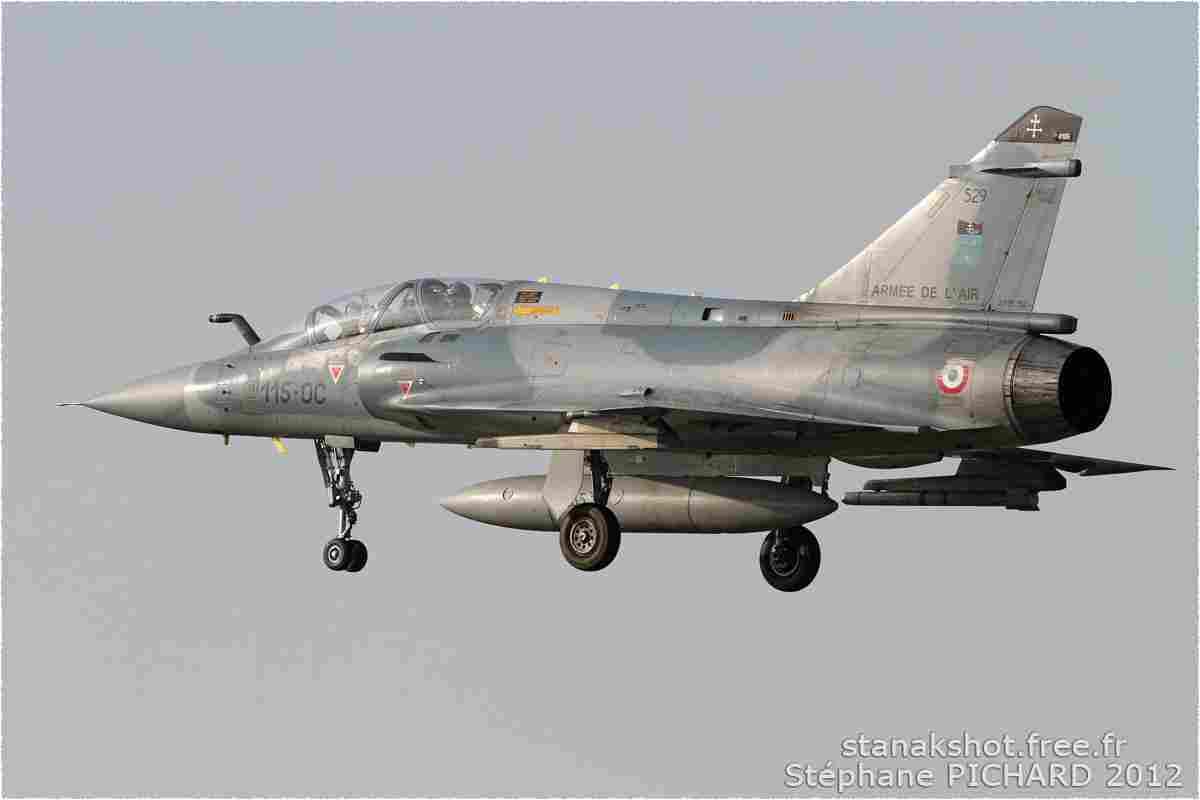tofcomp#916 Mirage 2000 de l'Armée de l'Air française à l'atterrissage à Cambrai (FRA) en 2012