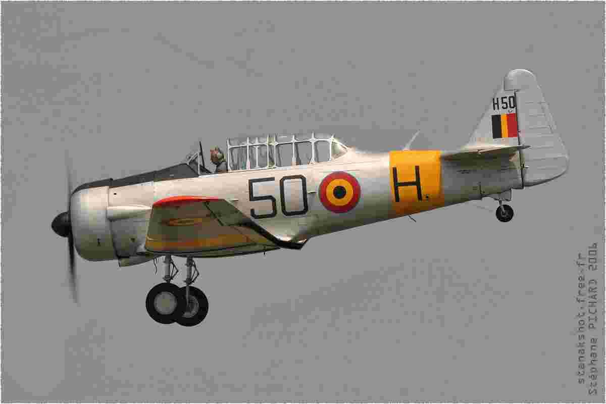 tofcomp#1551 T-6 enregistré en Belgique à l'atterrissage à Coxyde (BEL) en 2006