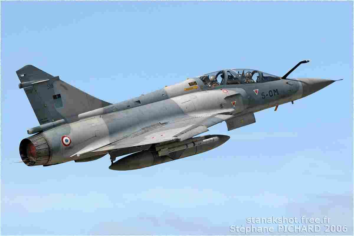 tofcomp#1784 Mirage 2000 de l'Armée de l'Air française au décollage à Orange (FRA) en 2006