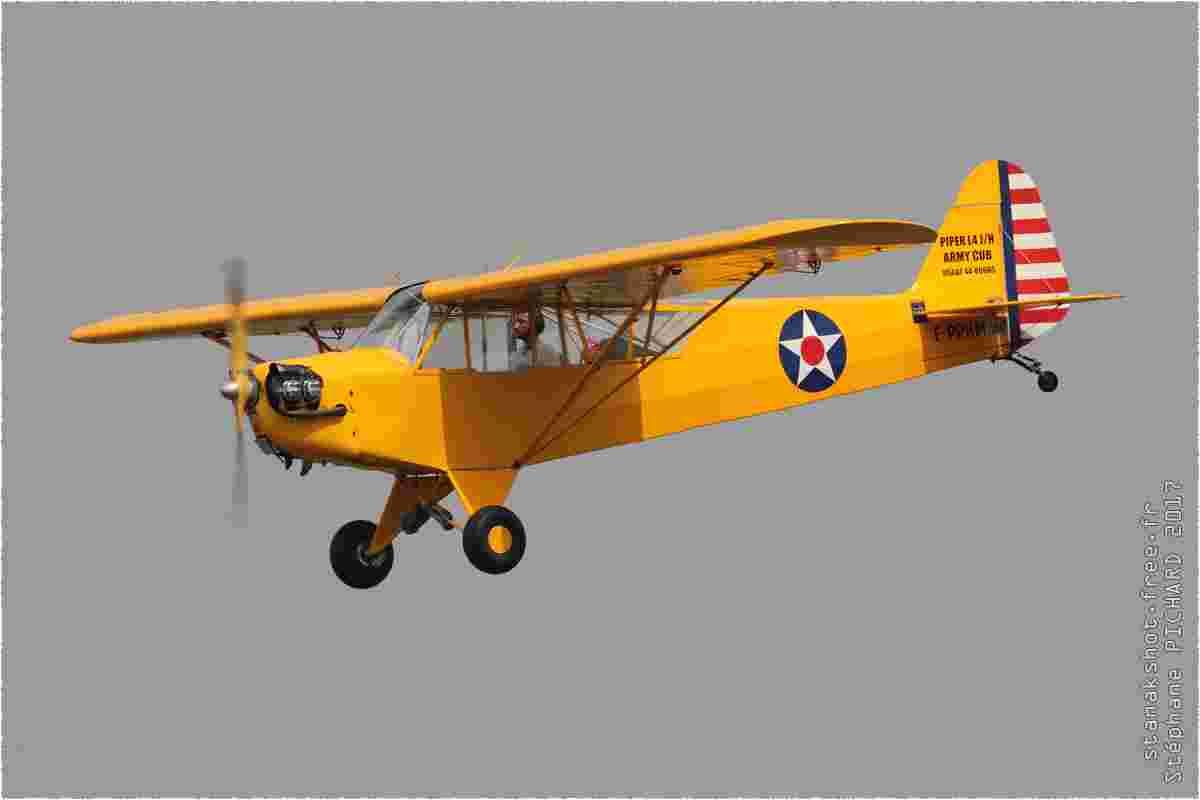 tofcomp#10058 Cub enregistré en France à l'atterrissage à Albert (FRA) en 2017