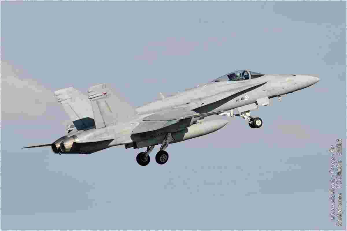 tofcomp#10988 F-18 de la Force aérienne finlandaise au décollage à Kuopio (FIN) en 2018