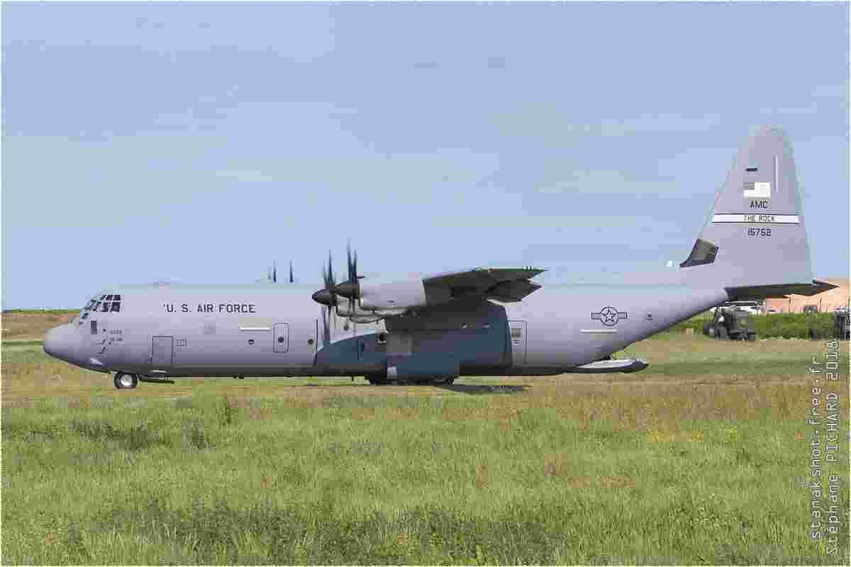 tofcomp#11065 C-130 de l'US Air Force au roulage à Cherbourg (FRA) en 2018