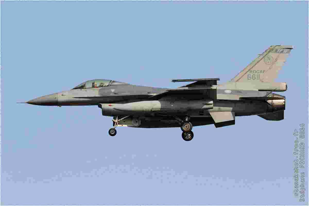 tofcomp#11310 F-16 de la Force aérienne de la République de Chine à l'atterrissage à Chiayi (TWN) en 2018