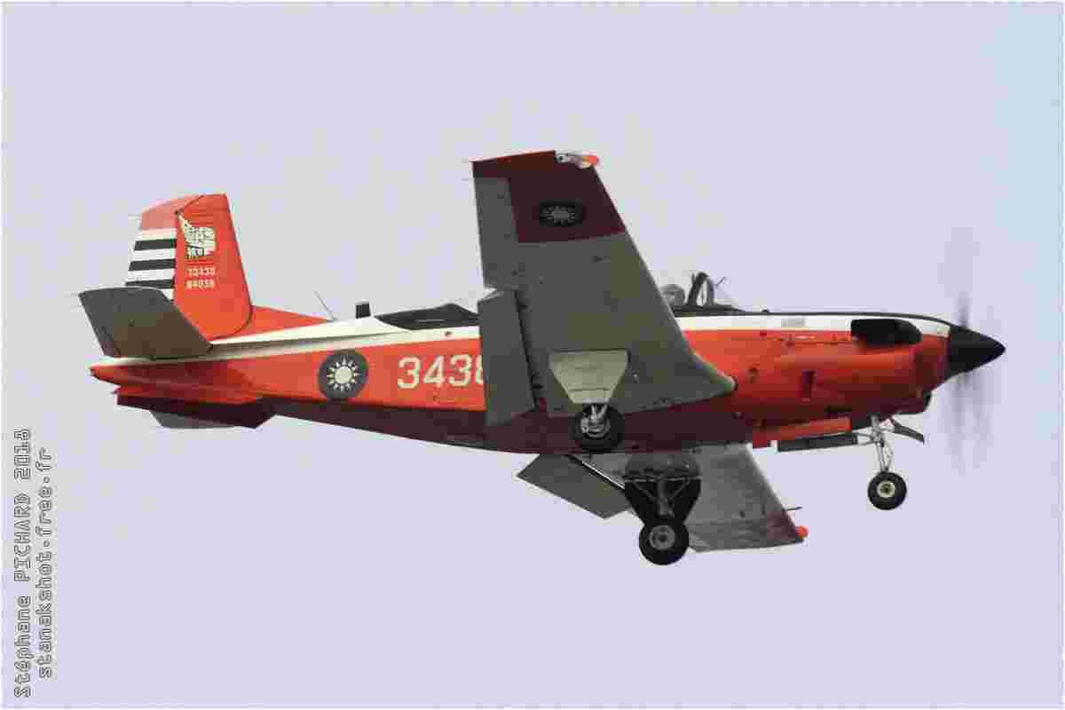 tofcomp#11365 T-34 de la Force aérienne de la République de Chine à l'atterrissage à Gangshan (TWN) en 2018