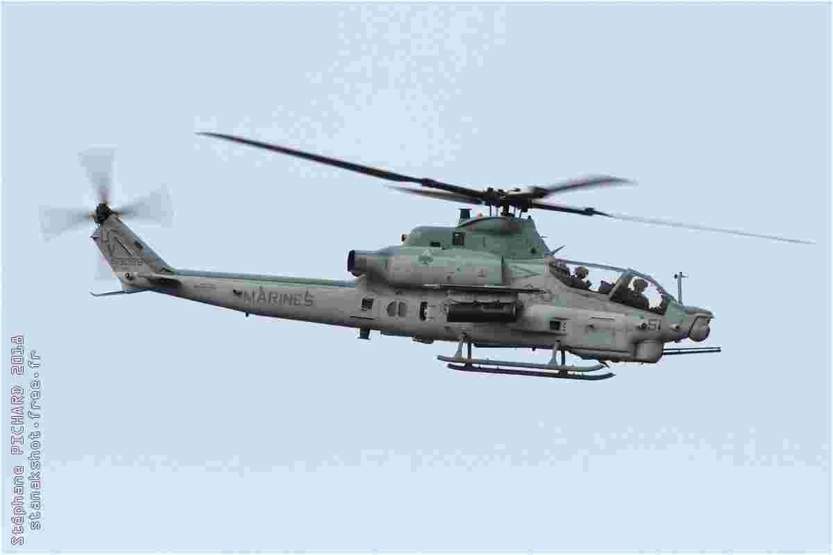 tofcomp#11484 Cobra du Corps des Marines américain à l'atterrissage à Futenma (JPN) en 2018