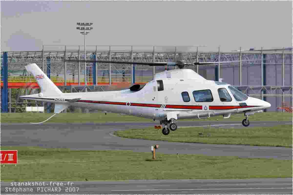 tofcomp#2268-A109-Royaume-Uni-air-force