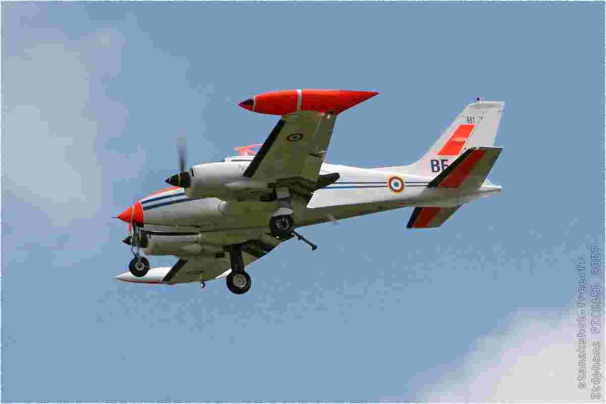 tofcomp#2393-Cessna-310-France-air-force