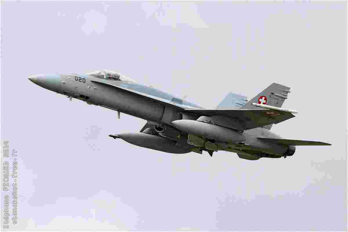 tofcomp#2394-F-18-Suisse-air-force