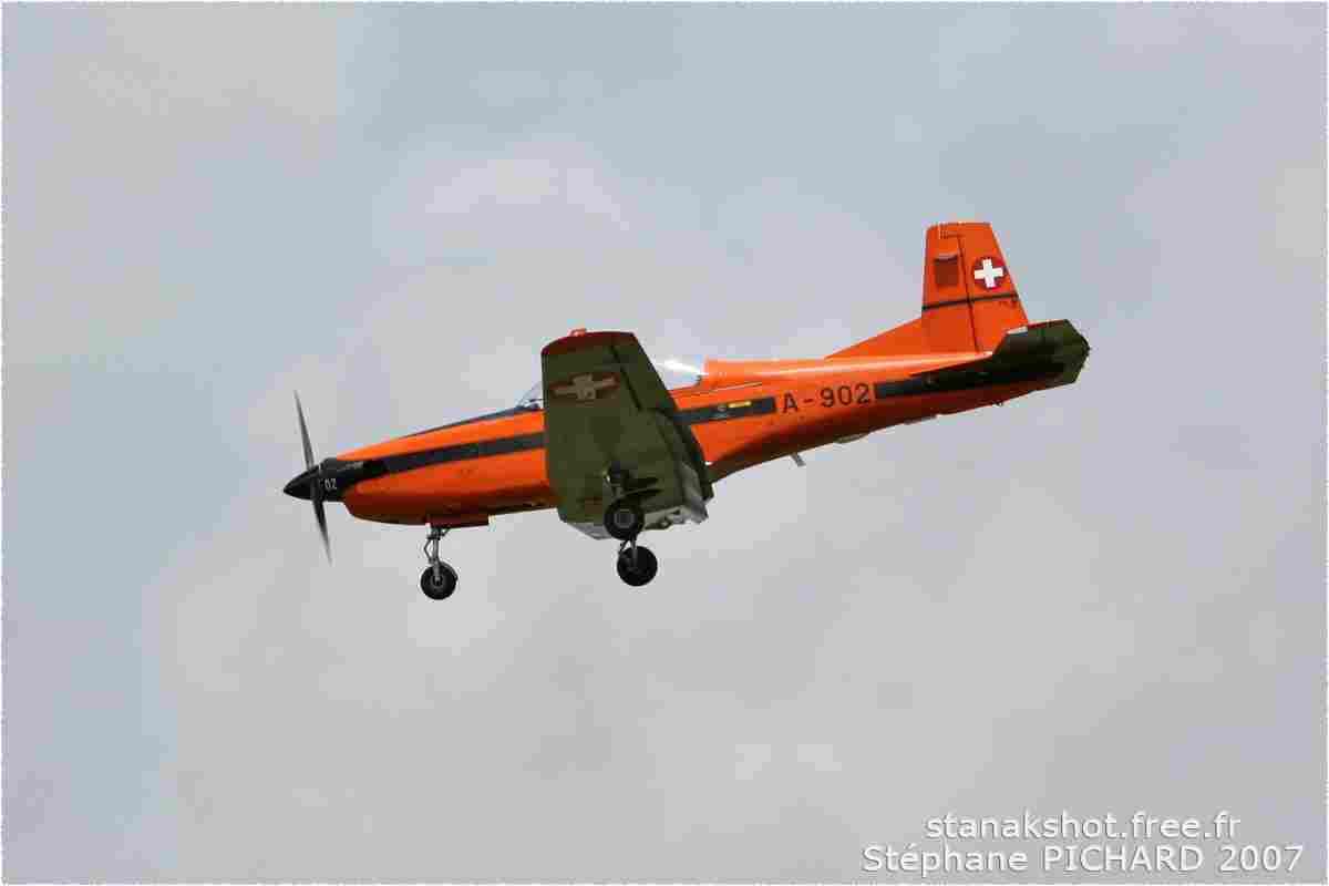 tofcomp#2438-PC-7-Suisse-air-force