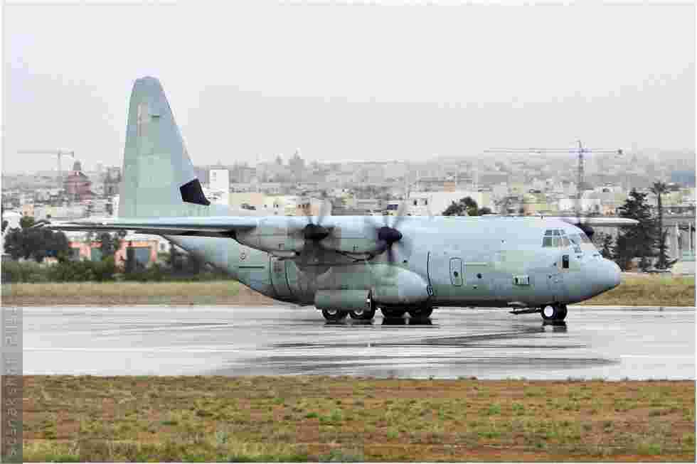 tofcomp#2975 C-130 de la Force aérienne italienne à l'atterrissage à Luqa (MLT) en 2011