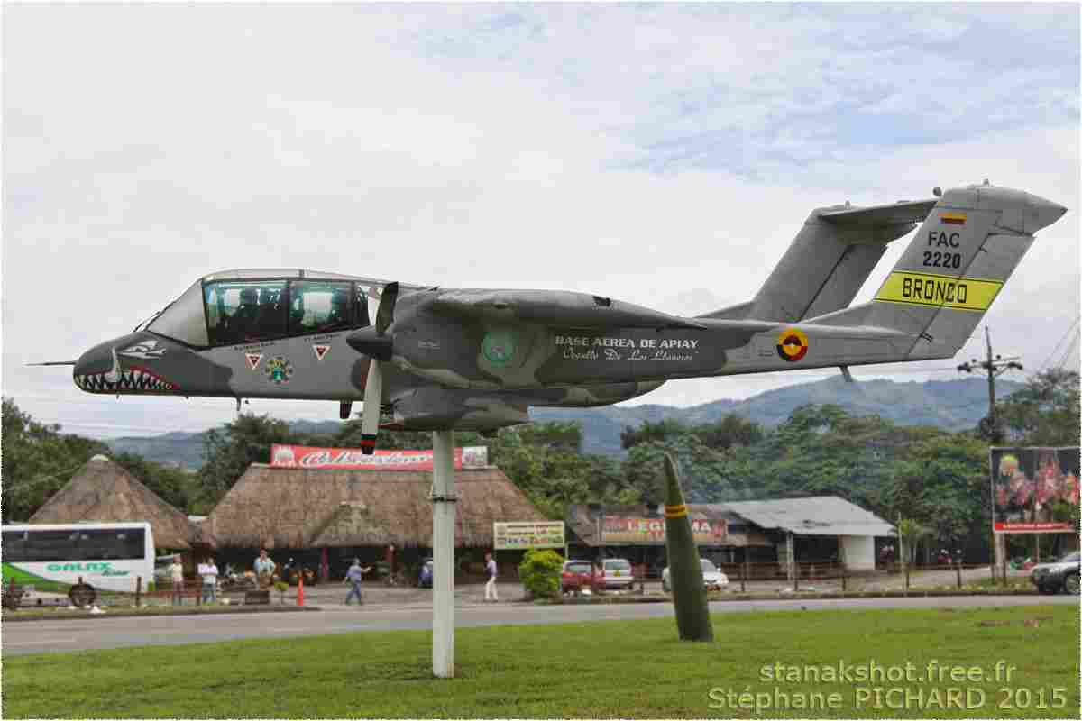 tofcomp#3167-OV-10-Colombie-air-force