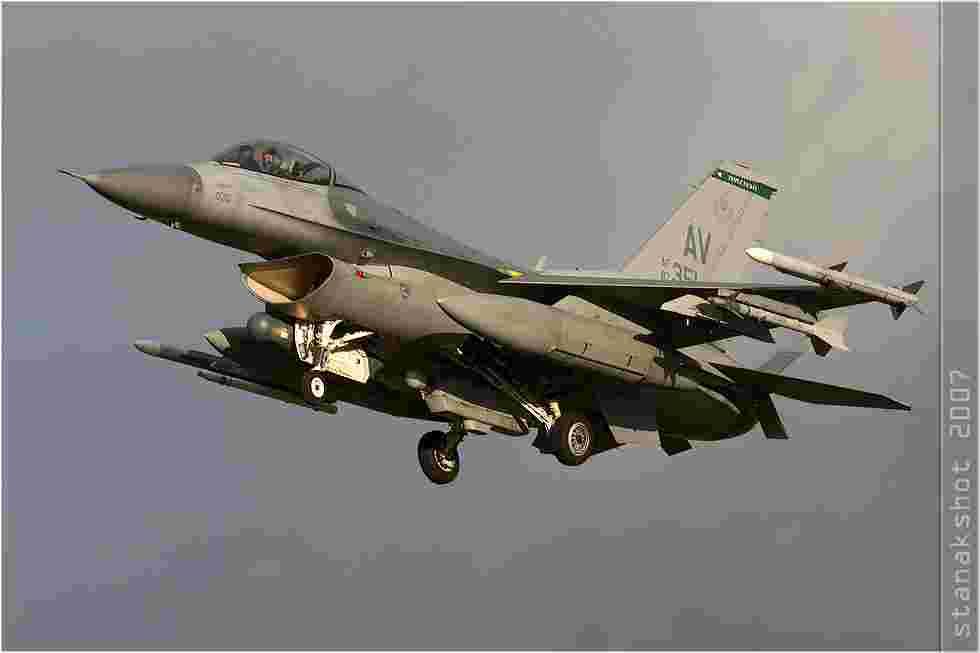 tofcomp#3190 F-16 de l'US Air Force à l'atterrissage à Florennes (BEL) lors du TLP 2007-6