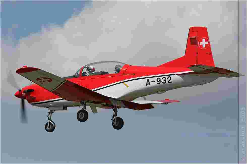 tofcomp#3503-PC-7-Suisse-air-force