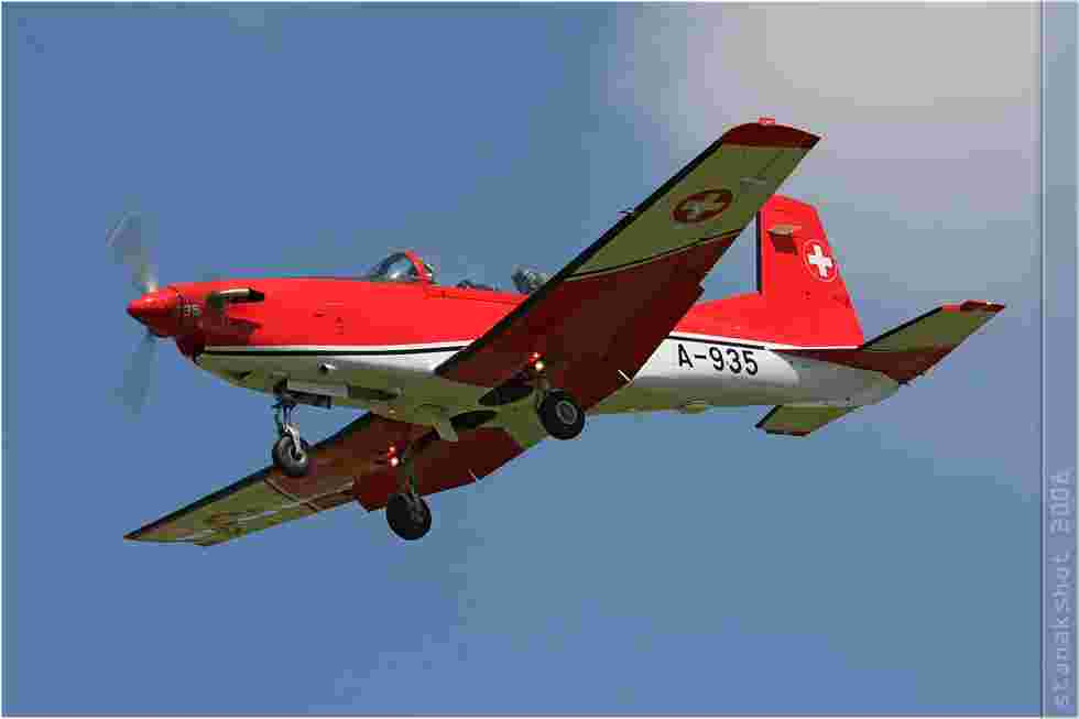 tofcomp#3505-PC-7-Suisse-air-force