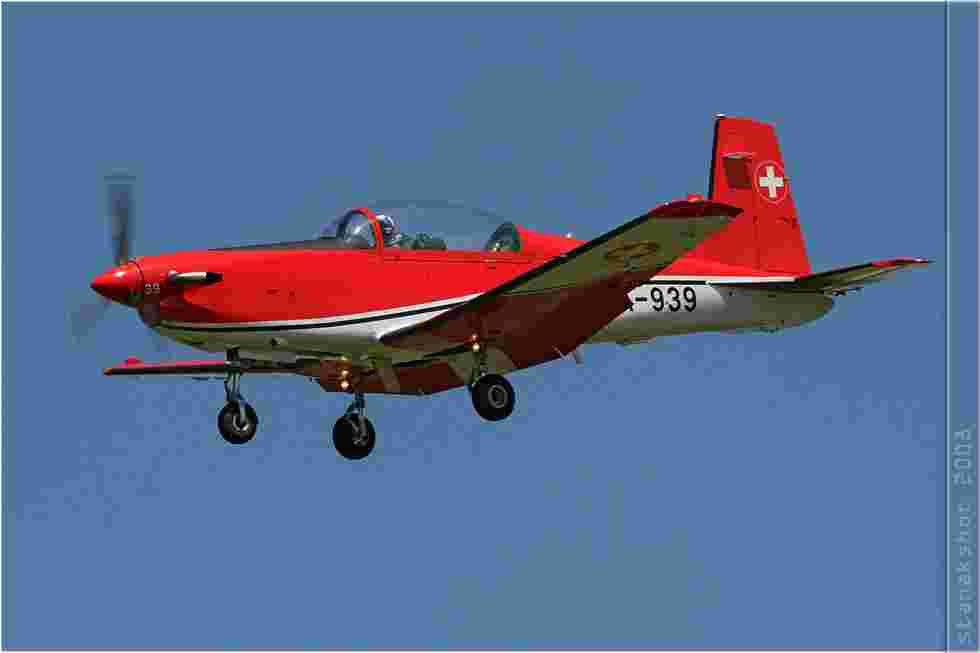 tofcomp#3507-PC-7-Suisse-air-force