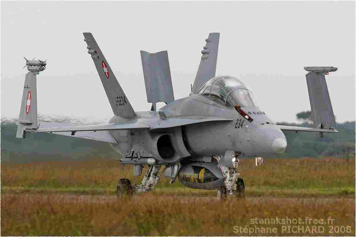 tofcomp#3653-F-18-Suisse-air-force
