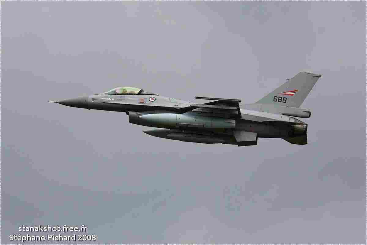 tofcomp#3825 F-16 de la Force aérienne royale norvégienne au décollage à Florennes (BEL) Defence Day 2008
