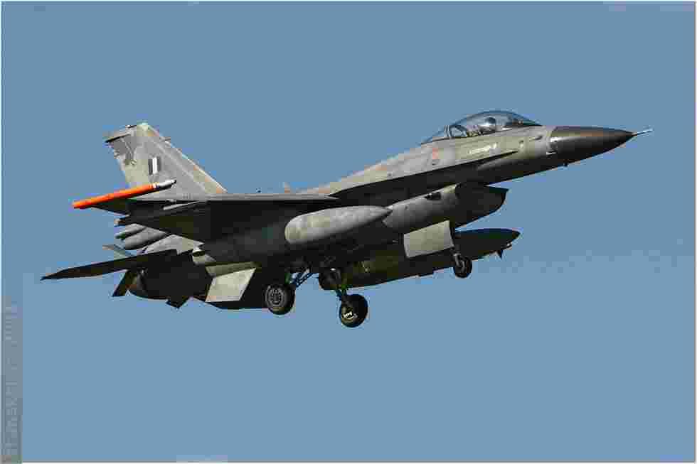 tofcomp#3969 F-16 de la Force aérienne grecque à l'atterrissage à Florennes (BEL) lors du TLP 2008-5