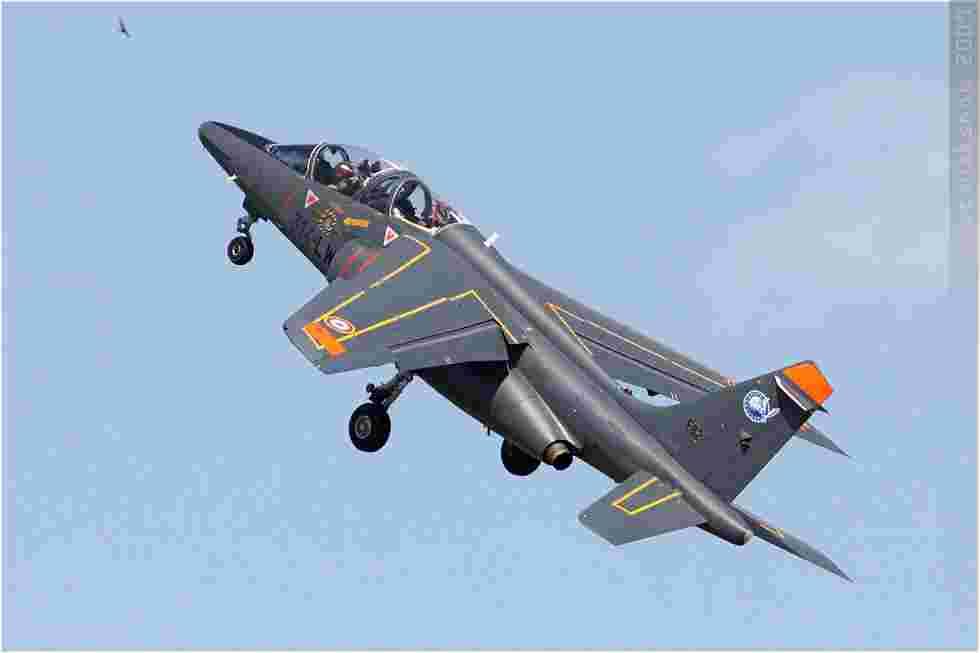 tofcomp#4359 Alphajet de l'Armée de l'Air française au décollage à Tours (FRA) lors du MNA 2009