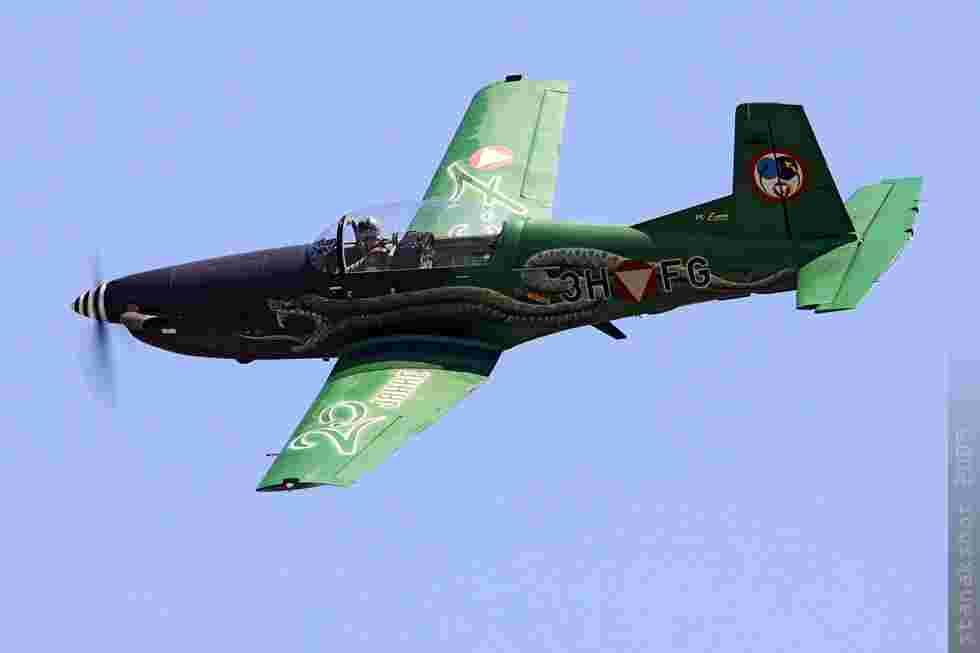 tofcomp#4380-PC-7-Autriche-air-force
