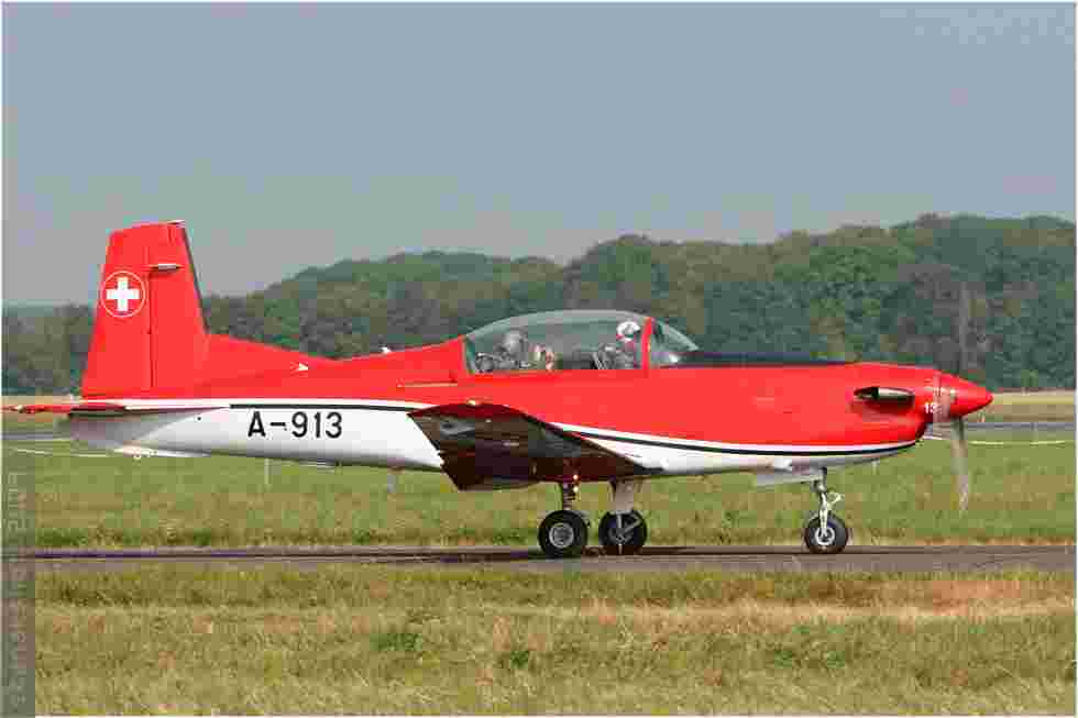 tofcomp#4437-PC-7-Suisse-air-force