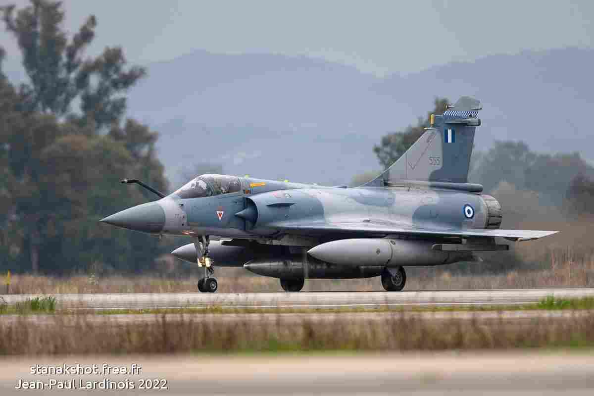 tofcomp#4724 Mirage 2000 de l'Armée de l'Air française en passage bas à Deauville (FRA) en 2010