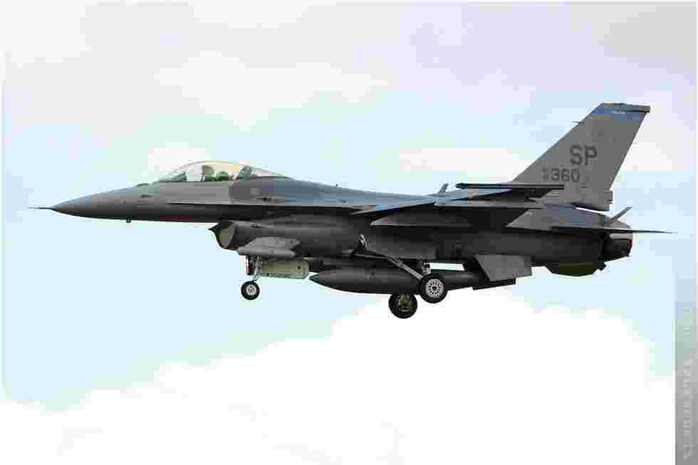 tofcomp#5264 F-16 de l'US Air Force à l'atterrissage à Fairford (GBR) lors du RIAT 2010